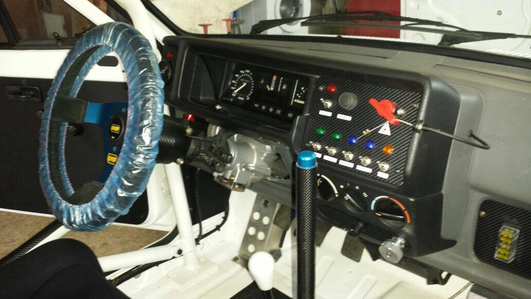Foto2 Ford Fiesta clasico preparado para rally