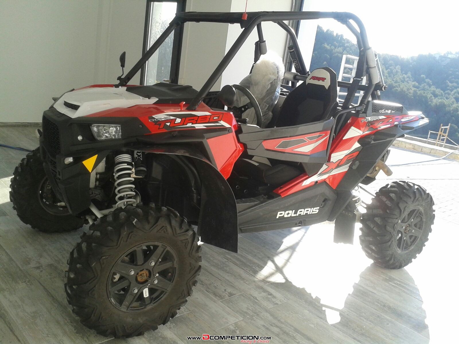 Foto1 Polaris RZR Turbo 2016