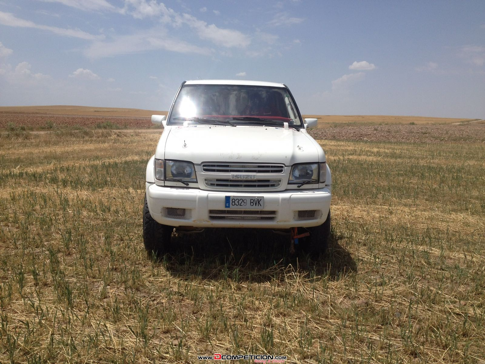Foto1 Isuzu Trooper FIA