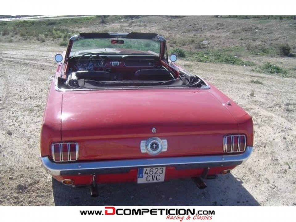 Foto4 Ford Mustang  ano 1965  90000  km