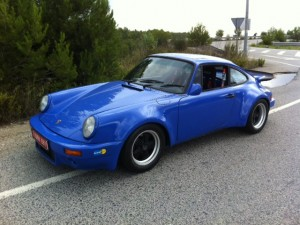 PORSCHE 911 RS 3.0 INY. RECREATION