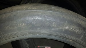 3 Neumaticos slicks en 18