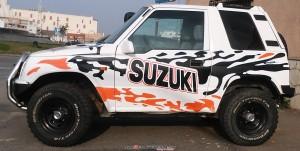 Se ofrece Suzuki Vitara  del año 2004 con 8000 € en accesorios de preparación