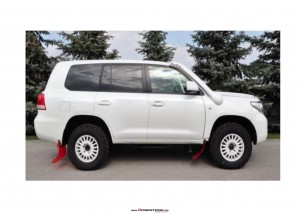 TOYOTA LAND CRUISER  200 T2.2