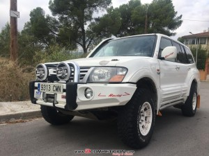 MITSUBISHI MONTERO DID RALLY RAID