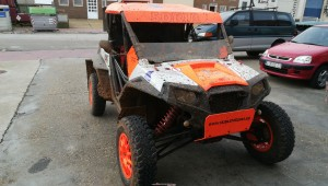 Vendo polaris rzr900 de competición